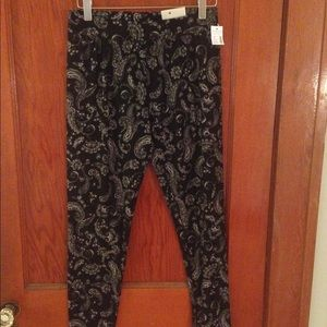 Maurices paisley leggings